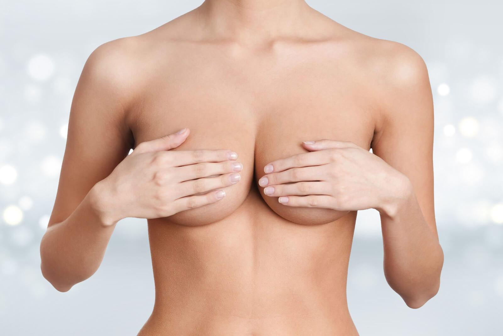 Lifting des seinsou cure de ptose mammaire. Dr Haddad, Paris